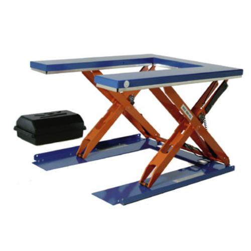 Lapos formájú emelő-asztal